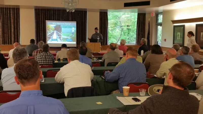 Local leaders and stakeholders talk about the future of locks and dams located in the Green and Barren rivers.