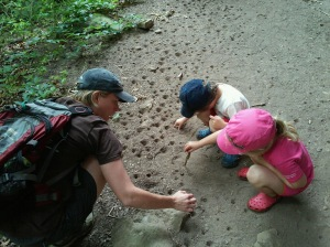 Fishing for Ant Lions - Shelly Morris and kids (c) Shelly Morris